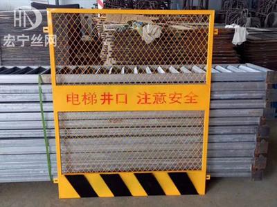 楼层施工电梯门3